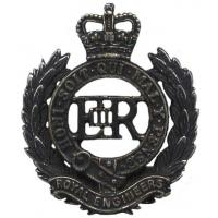 Corps of Royal Engineers beret badge (field)